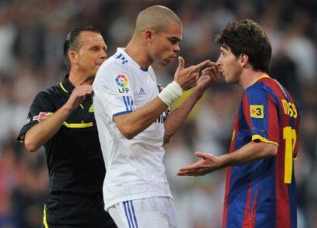 Lionel Messi va 9 khoanh khac 'thieu kiem che' - Anh 9