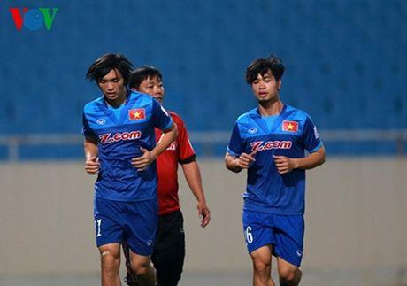 Tieu diem the thao: Tuan Anh 99% lo tran gap Indonesia - Anh 1