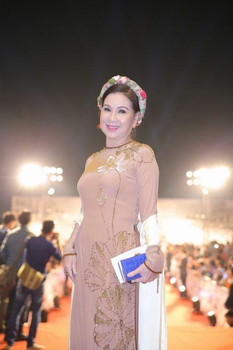 Midu, Nam Em dep long lay tren tham do Ha Thanh - Anh 19