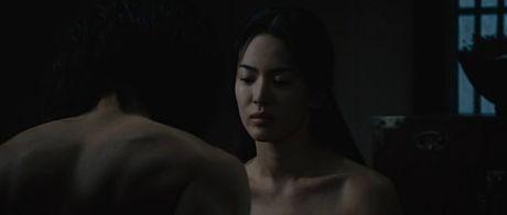 Nhung canh phim 'vuot rao' cua ngoc nu Song Hye Kyo - Anh 16