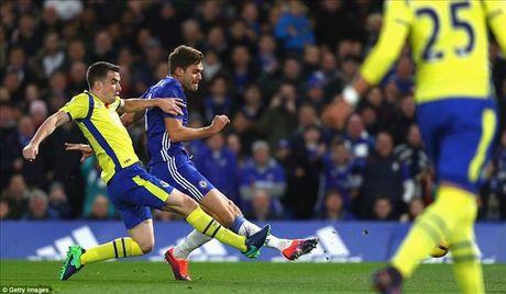 Chelsea 5-0 Everton: Conte dai nao Ngoai hang Anh - Anh 3