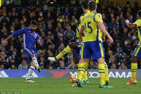 Chelsea 5-0 Everton: Conte dai nao Ngoai hang Anh - Anh 4
