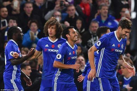 Chelsea 5-0 Everton: Conte dai nao Ngoai hang Anh - Anh 6
