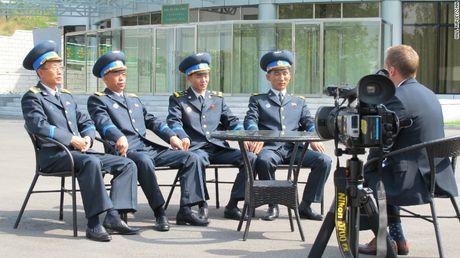 Cuoc song muon mau o Trieu Tien qua anh CNN - Anh 2