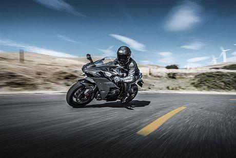 Sieu moto Kawasaki Ninja H2R 2017 'chot gia' 1,3 ty dong - Anh 2
