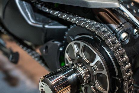 Sieu moto Kawasaki Ninja H2R 2017 'chot gia' 1,3 ty dong - Anh 7