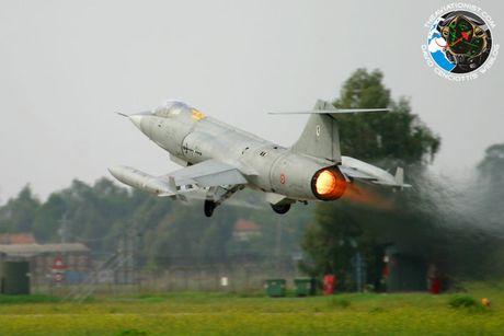 Vi sao F-104 lai la tiem kich toi te nhat lich su? - Anh 5