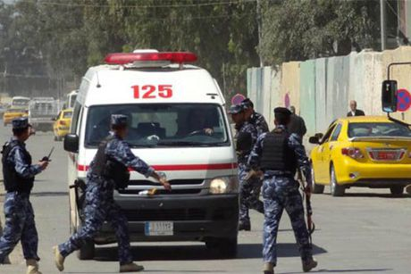 Iraq: Lien tiep danh bom bang xe cuu thuong, 21 nguoi chet - Anh 1