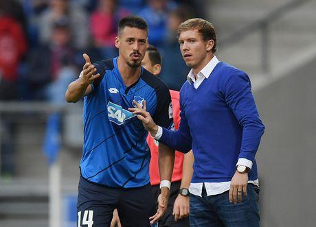 HLV bang tuoi Messi va khoi dau nhu mo cung Hoffenheim - Anh 1