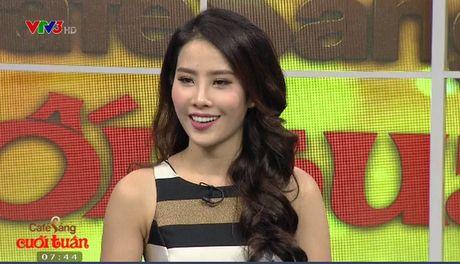 Hoa khoi Nam Em xuat hien quyen ru trong Cafe Sang voi VTV3 - Anh 1