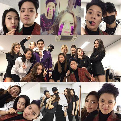 Sao Han 6/11: Yoon Ah da trang bech, Soo Young sanh dieu khoe chan thon - Anh 1
