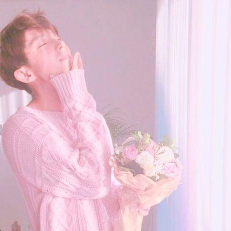 Sao Han 6/11: Yoon Ah da trang bech, Soo Young sanh dieu khoe chan thon - Anh 6