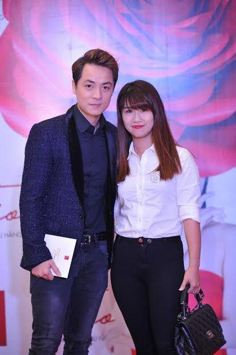 Xuan Lan cung con gai bay gap ra Ha Noi vi Sao mai Thu Hang - Anh 13