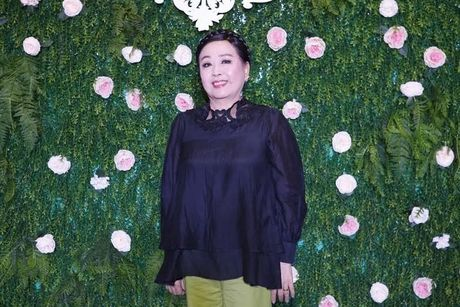 Xuan Lan cung con gai bay gap ra Ha Noi vi Sao mai Thu Hang - Anh 6
