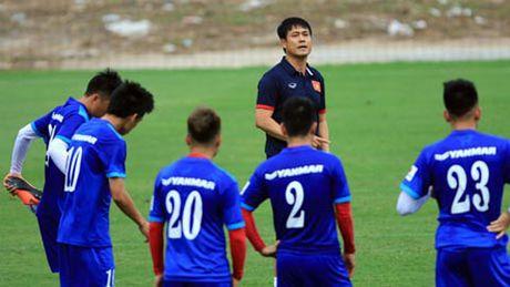 Tin HOT toi 6/11: DT Viet Nam bi chu nha choi kho o AFF cup 2016 - Anh 1