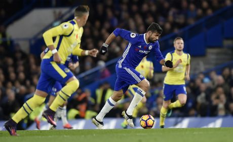 Chelsea de bep Everton, chiem ngoi dau Ngoai hang Anh - Anh 2