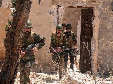 Syria: Hang chuc phien quan bi tieu diet tai mo dau quan trong o Homs - Anh 1