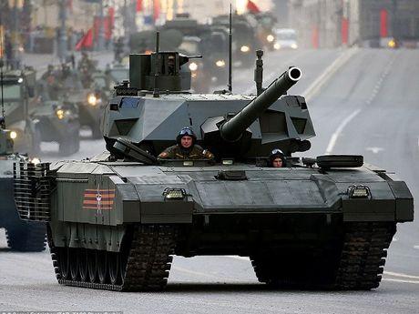 Tinh bao Anh goi T-14 Armata la 'xe tang mang thiet ke cach mang' - Anh 1