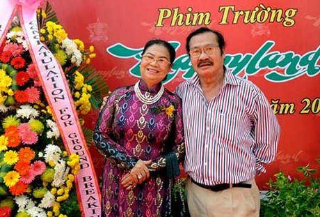 Vo chong NSND Ly Huynh: Bac dau phu the - Anh 2