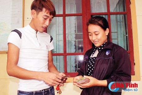 Huyen Ky Anh chi tra tien boi thuong thiet hai su co moi truong bien - Anh 3