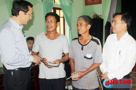 Huyen Ky Anh la dien hinh trong to chuc chi tra boi thuong - Anh 2
