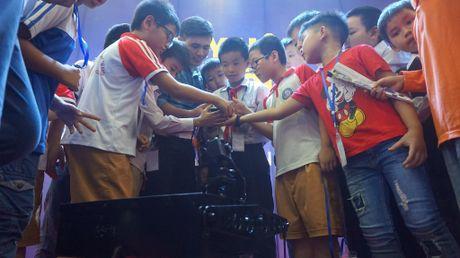 65 doi 'ky su robot' nhi gianh ve du thi quoc te tai Malaysia - Anh 11
