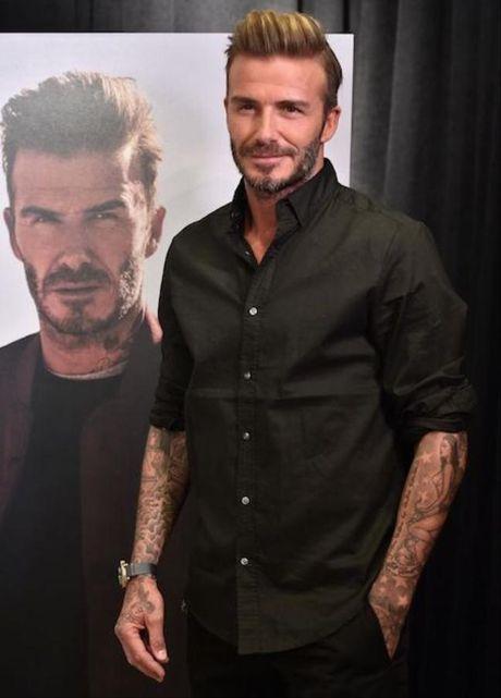 David Beckham bat ngo bi dan em thay the - Anh 3
