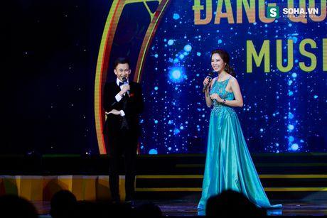 MC Phan Anh nguong ngung de Duong Trieu Vu hon ma - Anh 11