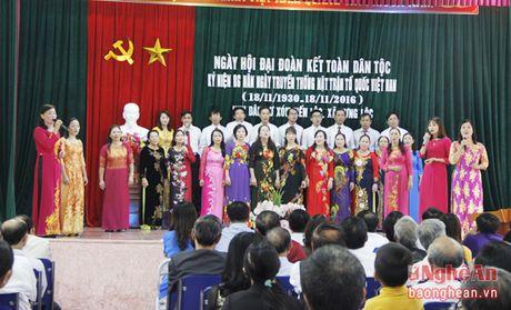 Dong chi Thai Thanh Quy du ngay hoi dai doan ket tai xom Tien Loc - Anh 1