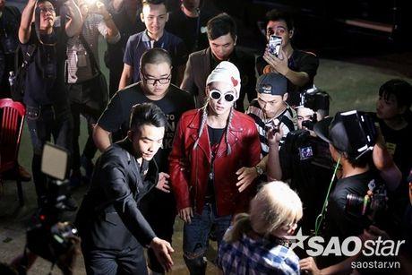 Top nhung 'chien binh' The Remix tao song du luan voi cach lam dep vuot gioi han - Anh 1