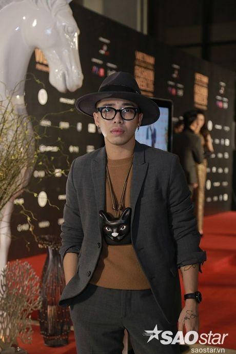 Tham do VIFW #day5: Hoang Ku sanh dieu ngai chi hang hieu, Jolie sexy voi menswear khong noi y - Anh 3