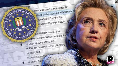 Giam doc FBI quyen luc lieu co ngang duong ba Clinton? - Anh 2