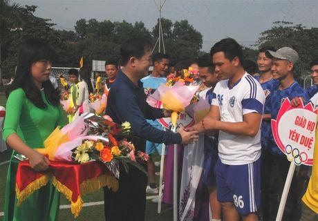 MTTQ TP Vinh to chuc giai bong da Dai Doan Ket - Anh 2