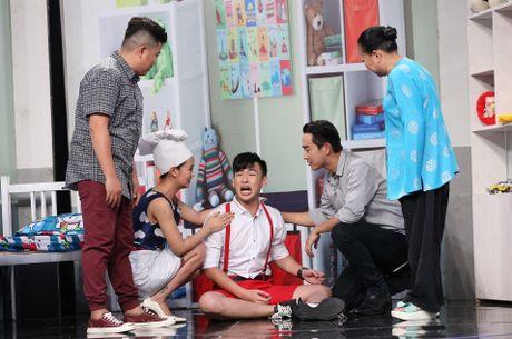 Tran Thanh hon Hua Vi Van tren san khau On gioi - Anh 17