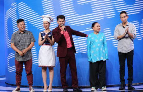 Tran Thanh hon Hua Vi Van tren san khau On gioi - Anh 1