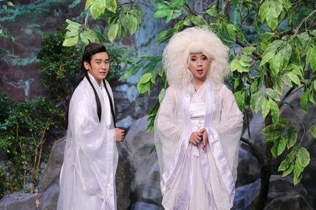 Tran Thanh hon Hua Vi Van tren san khau On gioi - Anh 7