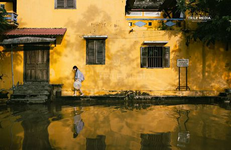 Ghe thuyen vao pho co Hoi An ngay ngap nuoc - Anh 7