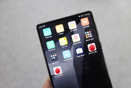 Xiaomi Mi Mix ve VN: Xung danh di dong cua tuong lai - Anh 5