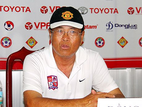 HLV Tran Binh Su: 'B.Binh Duong khong con muc tieu vo dich' - Anh 2