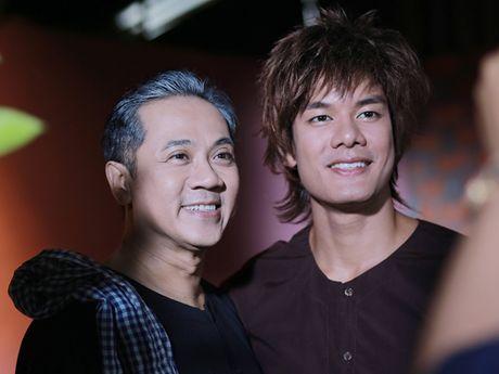 'Hau due' Thanh Long than phuc dien xuat cua Thanh Loc - Anh 6