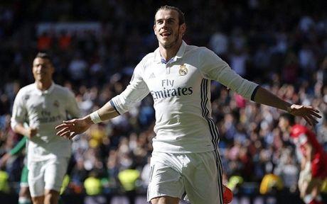 Vong 11 La Liga: Bale, Messi thang hoa; Ronaldo mat tich - Anh 1