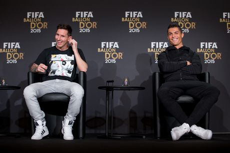 Bong da thoi hau Messi – Ronaldo se cang nhieu mau sac hon - Anh 1