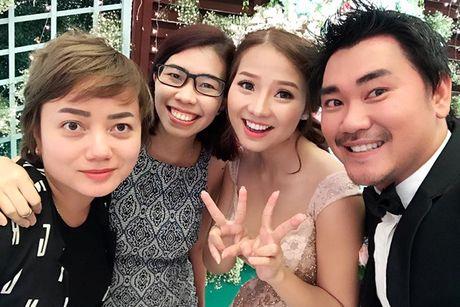 Dien vien Khanh Hien dep long lay ben chu re Viet kieu - Anh 9