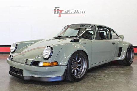 'Soi' Porsche 911 doi 1990 thua rieng gia 4,9 ty dong - Anh 1