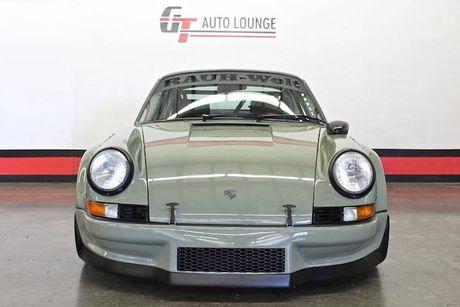 'Soi' Porsche 911 doi 1990 thua rieng gia 4,9 ty dong - Anh 2