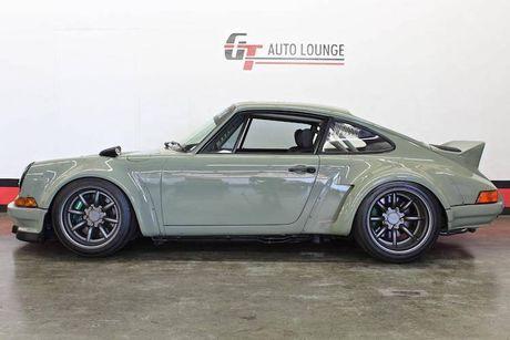 'Soi' Porsche 911 doi 1990 thua rieng gia 4,9 ty dong - Anh 3
