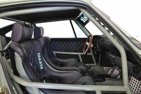 'Soi' Porsche 911 doi 1990 thua rieng gia 4,9 ty dong - Anh 6