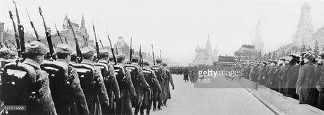 Hinh anh xuc dong ve cuoc duyet binh huyen thoai ngay 7/11/1941 - Anh 4