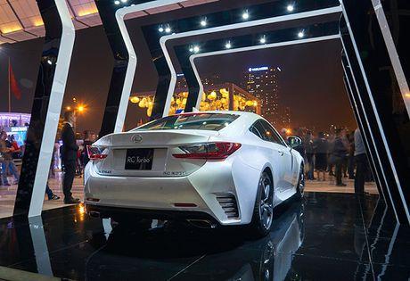 Lexus RC Turbo xuat hien tai Tuan le thoi trang 2016 - Anh 2