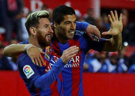 'Messi xung dang nhan duoc Qua bong vang moi nam' - Anh 2